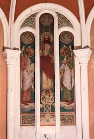 Le Christ entre deux anges portant les instruments de la Passion